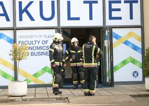 Vatrogasna vježba na EFRIju