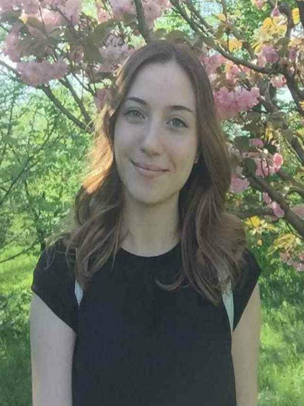 Alina Frecautan (Romania),  undergraduate study program International Business, Romania